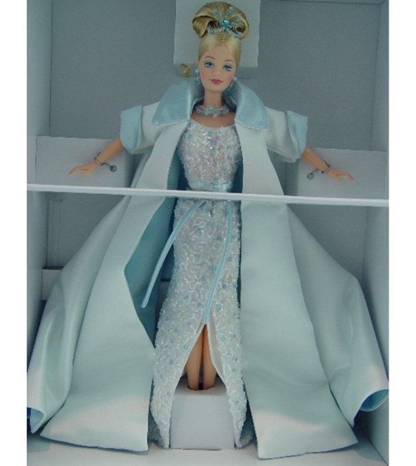 M21923 - Crystal Jubilee Barbie