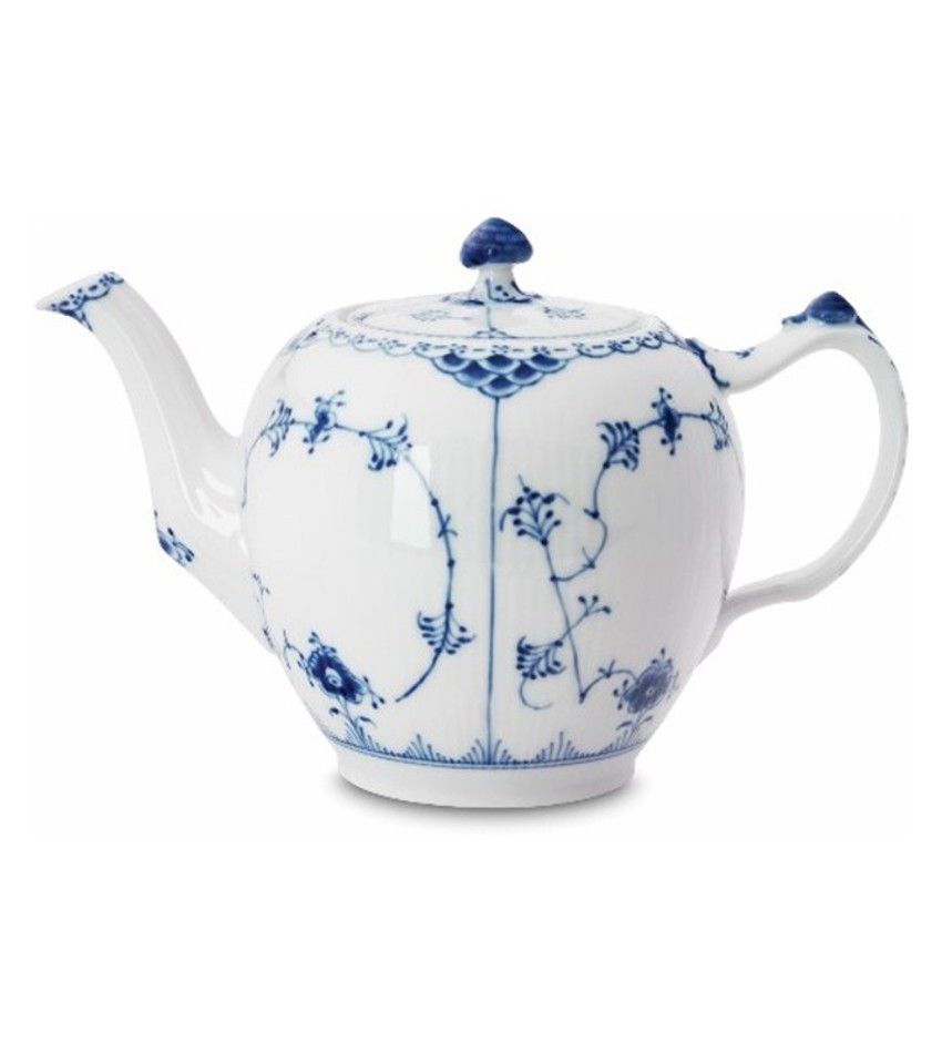 RC1102141 - Blue Fluted Half Lace Tea Pot