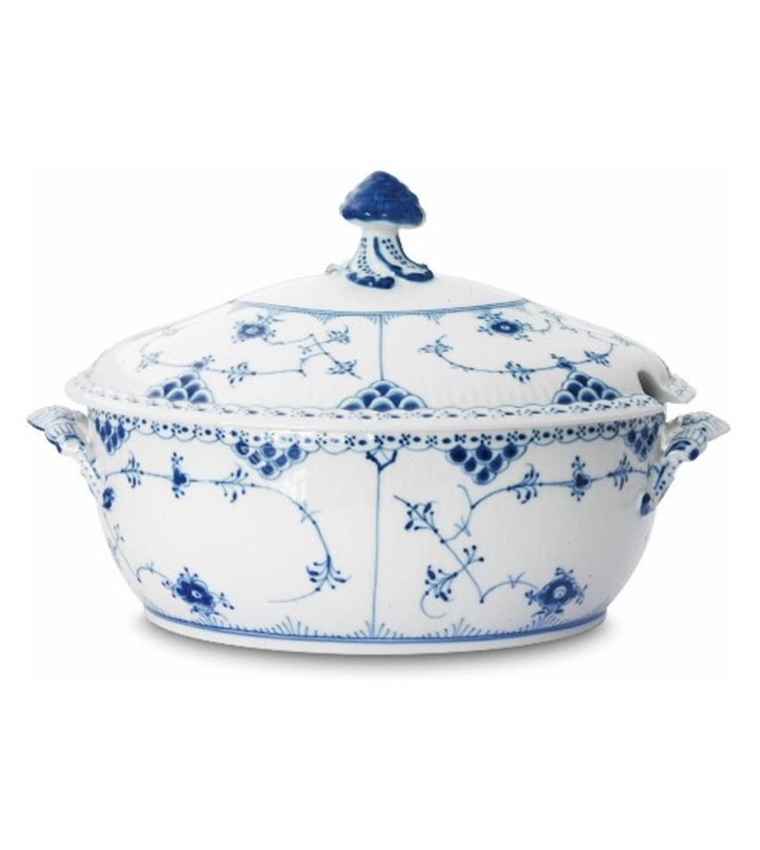 RC1102181 - Blue Fluted Half Lace Soup Tureen