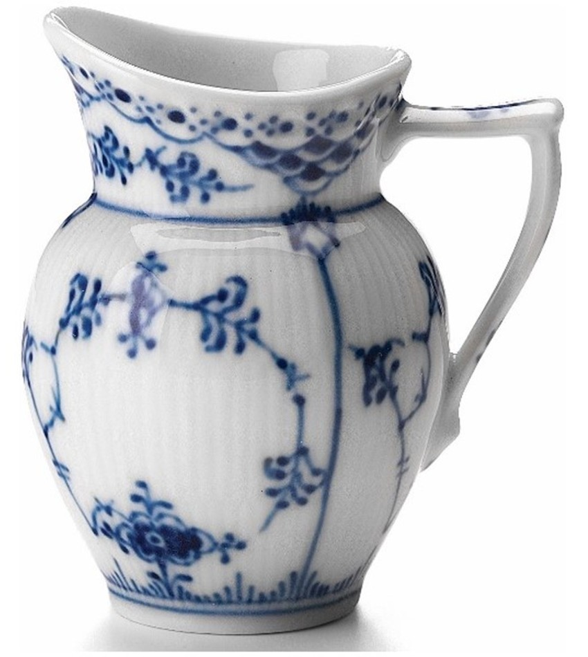 RC1102394 - Blue Fluted Half Lace Creamer