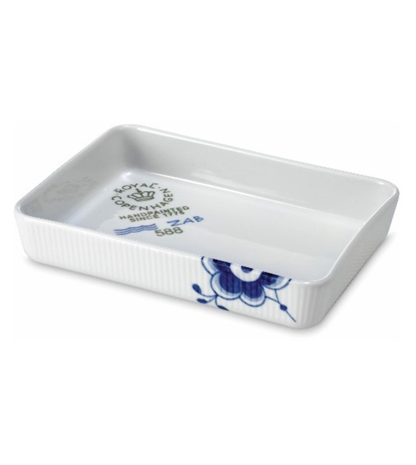 RC2381588 - Blue Fluted Mega Ovenware Rectangular Dish