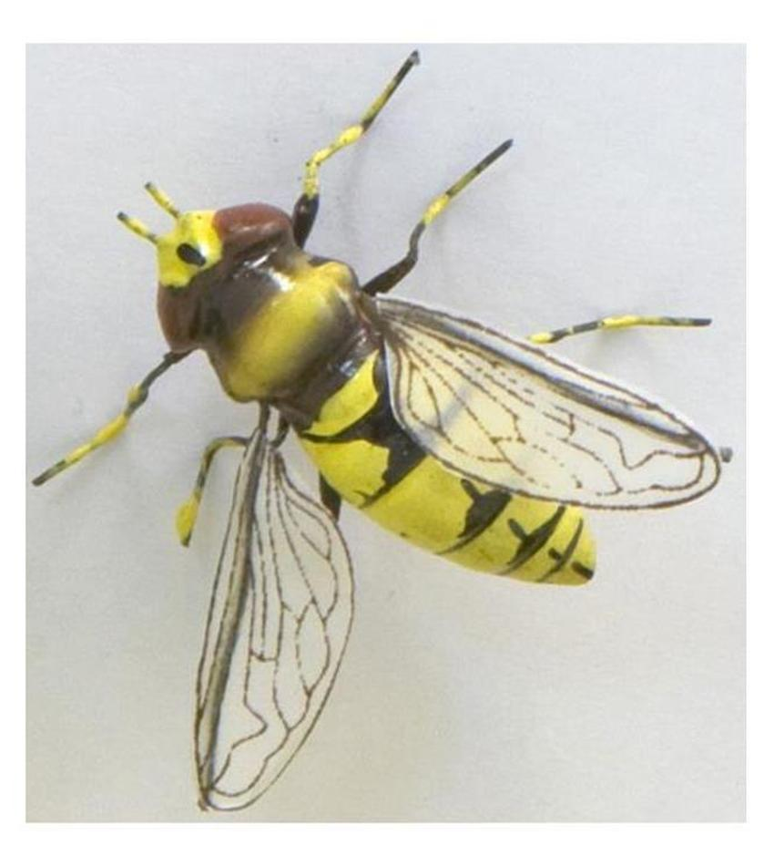 WP32-0240 - Bee Magnetic Critter